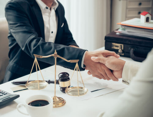 Top reasons to hire a corporate lawyer in Dubai